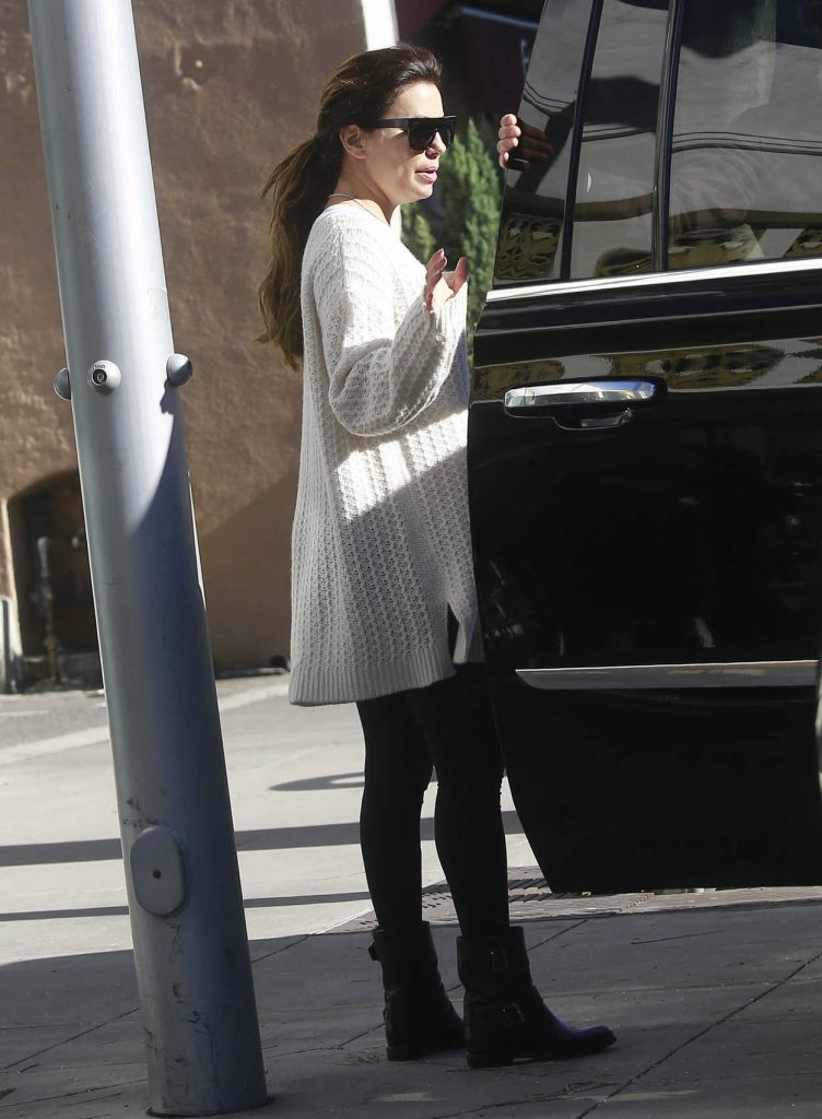 Eva Longoria Was Seen Out in Beverly Hills With Her Husband Jose Baston 01/30/2017-1
