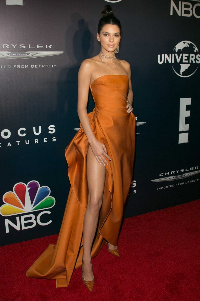 Kendall Jenner at E! Entertainment Golden Globes After Party in Los Angeles 01/08/2017-2