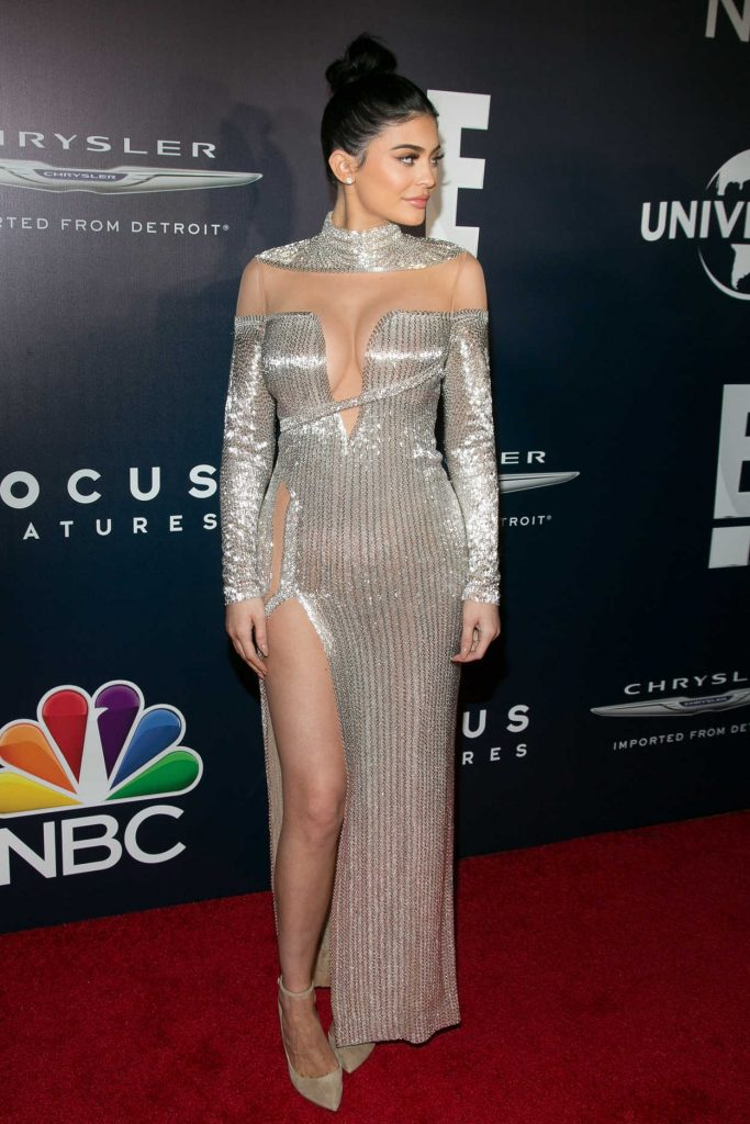 Kylie Jenner at E! Entertainment Golden Globes After Party in Los Angeles 01/08/2017-2