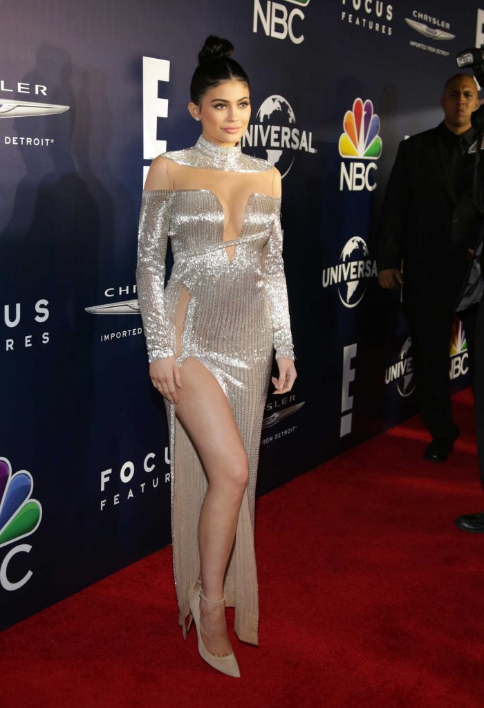 Kylie Jenner at E! Entertainment Golden Globes After Party in Los Angeles 01/08/2017-3