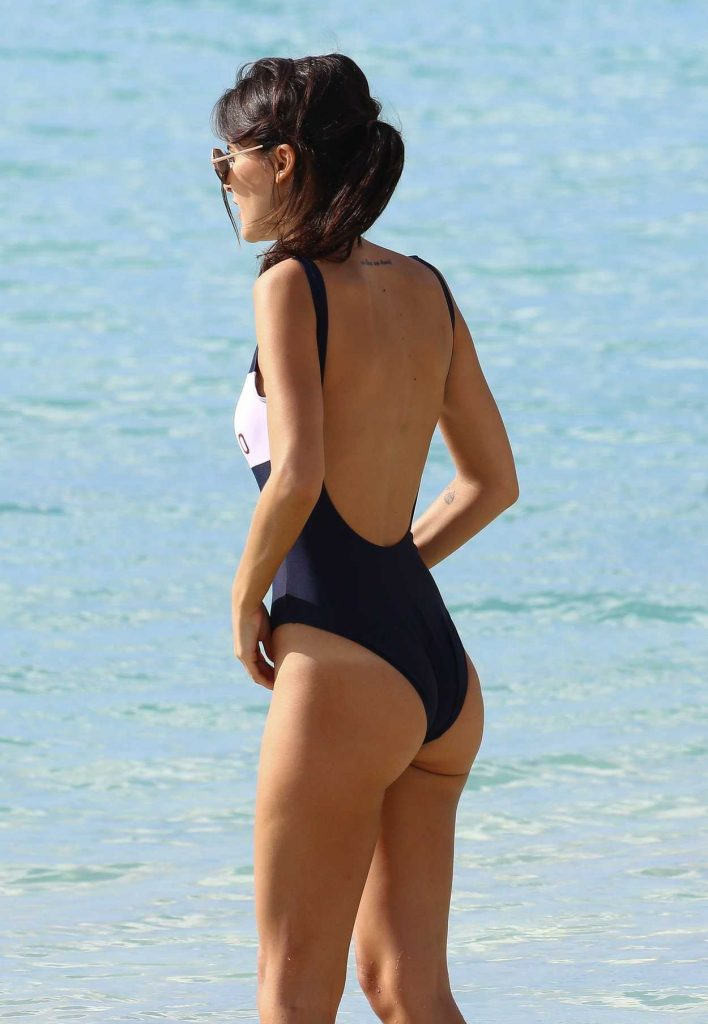 Lucy Watson Was Spotted at the Beach in Barbados 01/05/2017-5