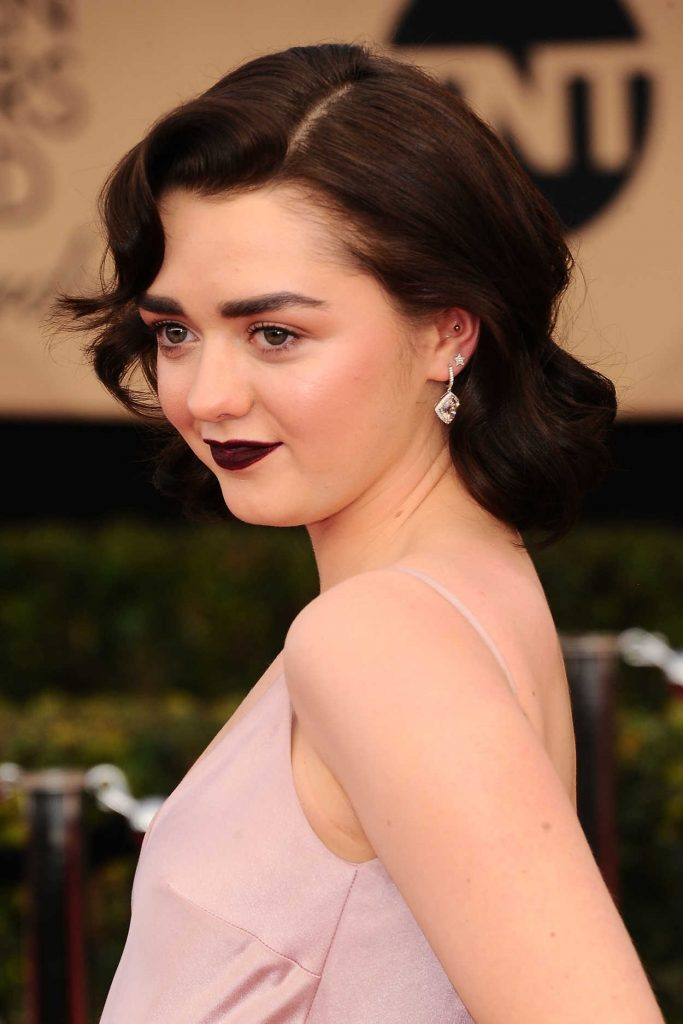 Maisie Williams at the 23rd Annual Screen Actors Guild Awards in Los Angeles 01/29/2017-4