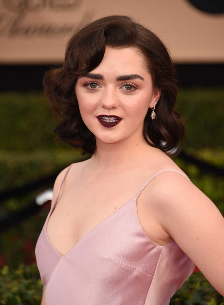 Maisie Williams at the 23rd Annual Screen Actors Guild Awards in Los Angeles 01/29/2017-5