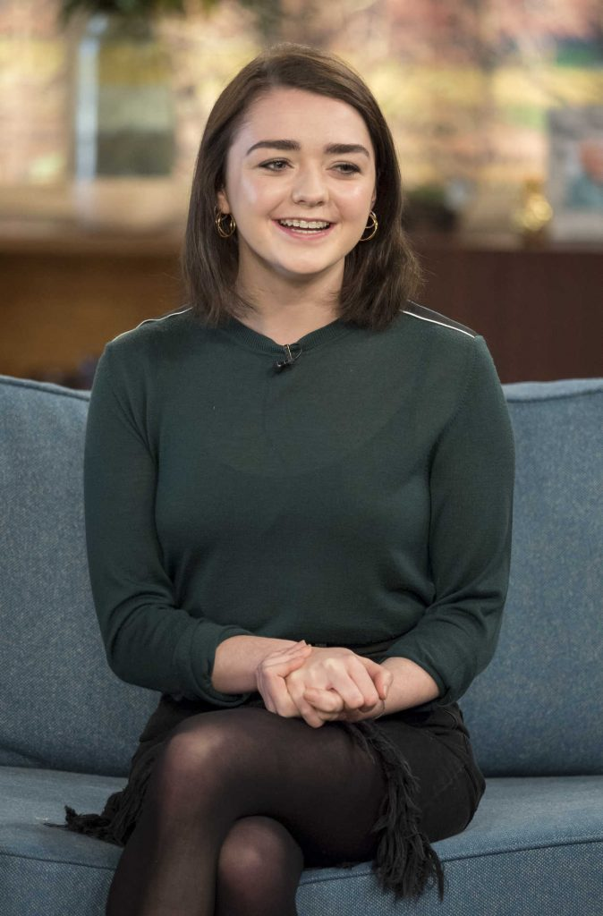 Maisie Williams at This Morning TV Show in London 01/24/2017-4