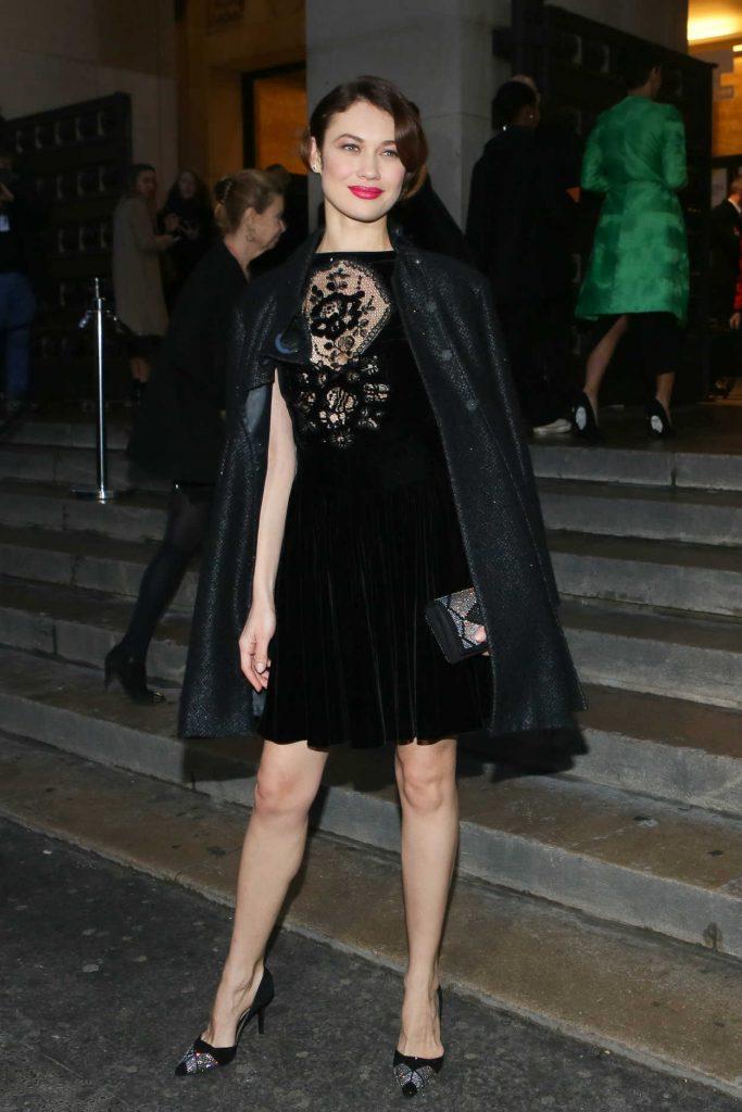 Olga Kurylenko Arrives at 2017 Giorgio Armani Prive Fashion Show in Paris 01/24/2017-3