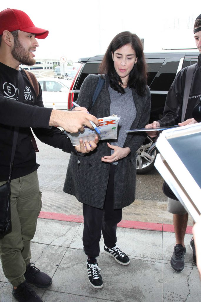 Sarah Silverman Was Seen at LAX Airport in Los Angeles 01/09/2017-5