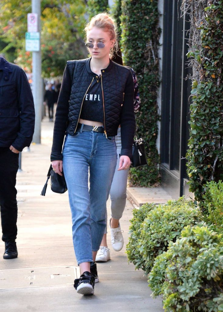 Sophie Turner Was Seen Out in Beverly Hills With Her Boyfriend Joe Jonas 01/05/2017-1