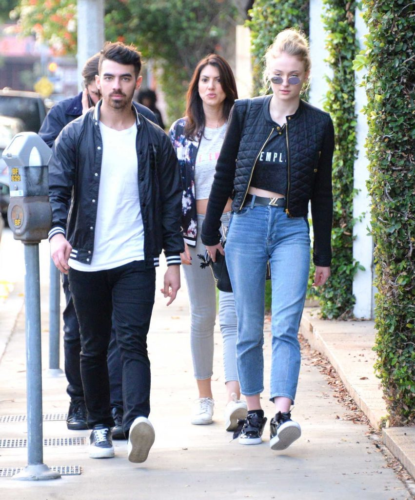 Sophie Turner Was Seen Out in Beverly Hills With Her Boyfriend Joe Jonas 01/05/2017-2