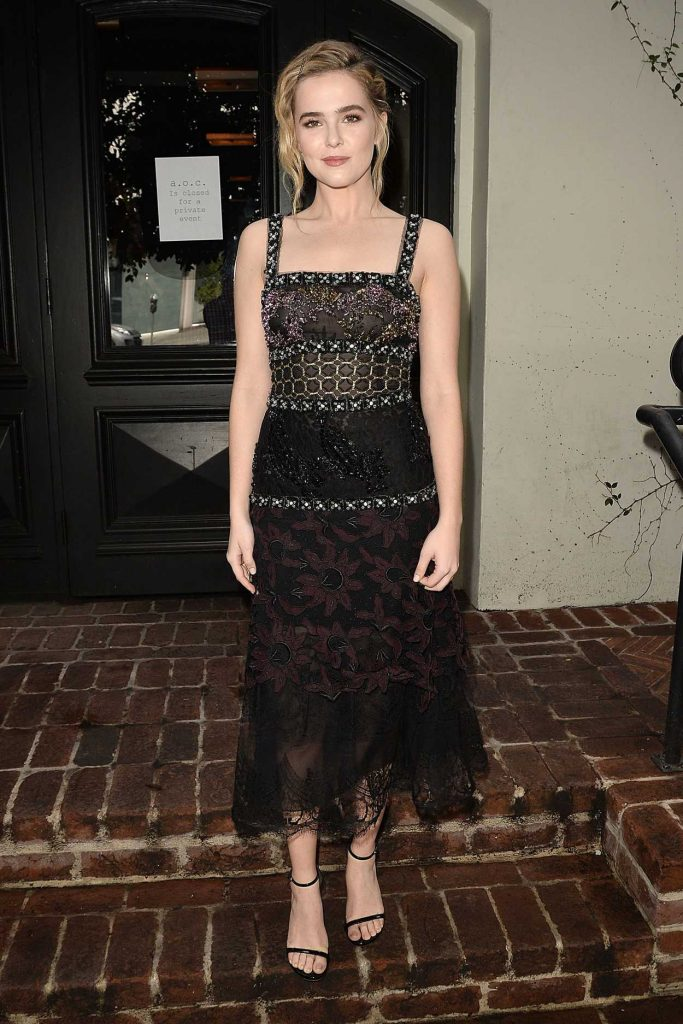 Zoey Deutch at W's It Girl Luncheon in Los Angeles 01/07/2017-3