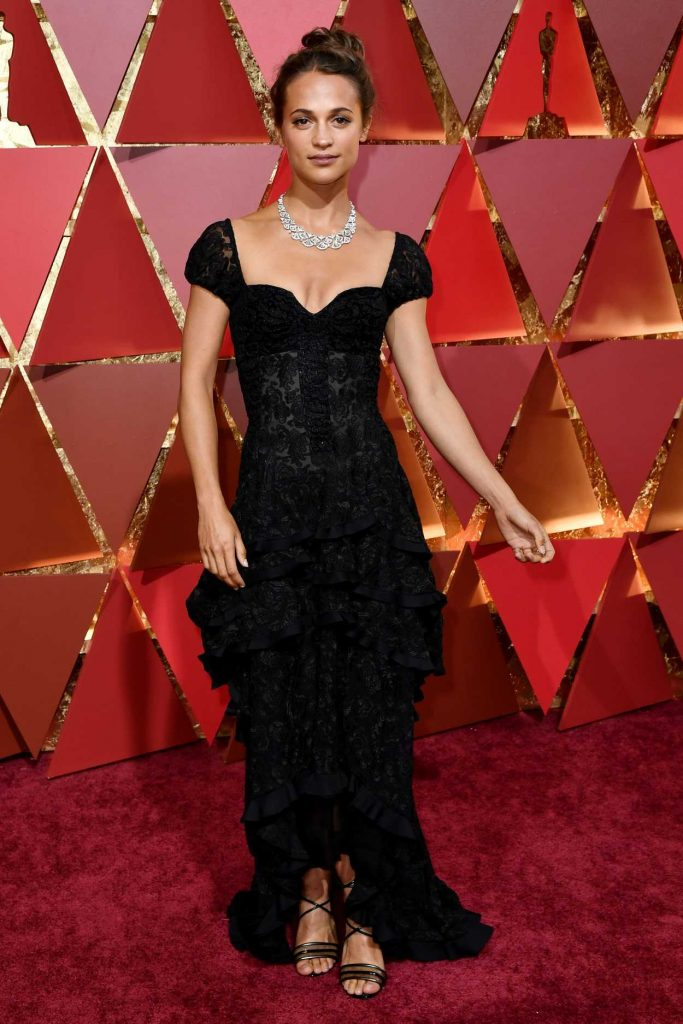 Alicia Vikander at the the 89th Annual Academy Awards in Hollywood 02/26/2017-2