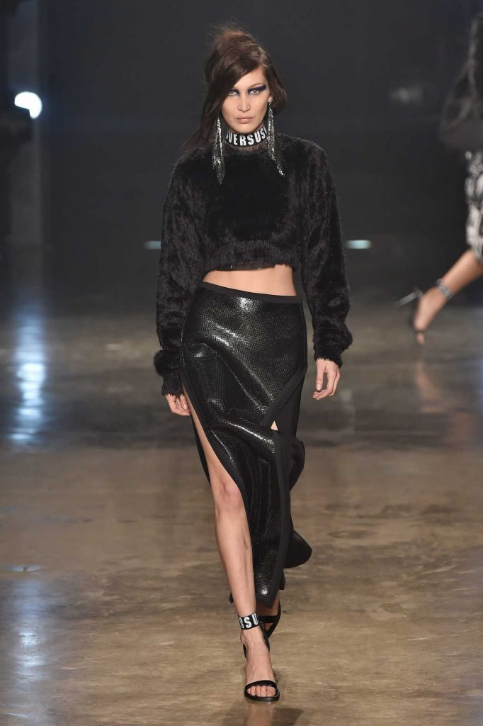Bella Hadid at the Versus Show During the London Fashion Week 02/18/2017-1