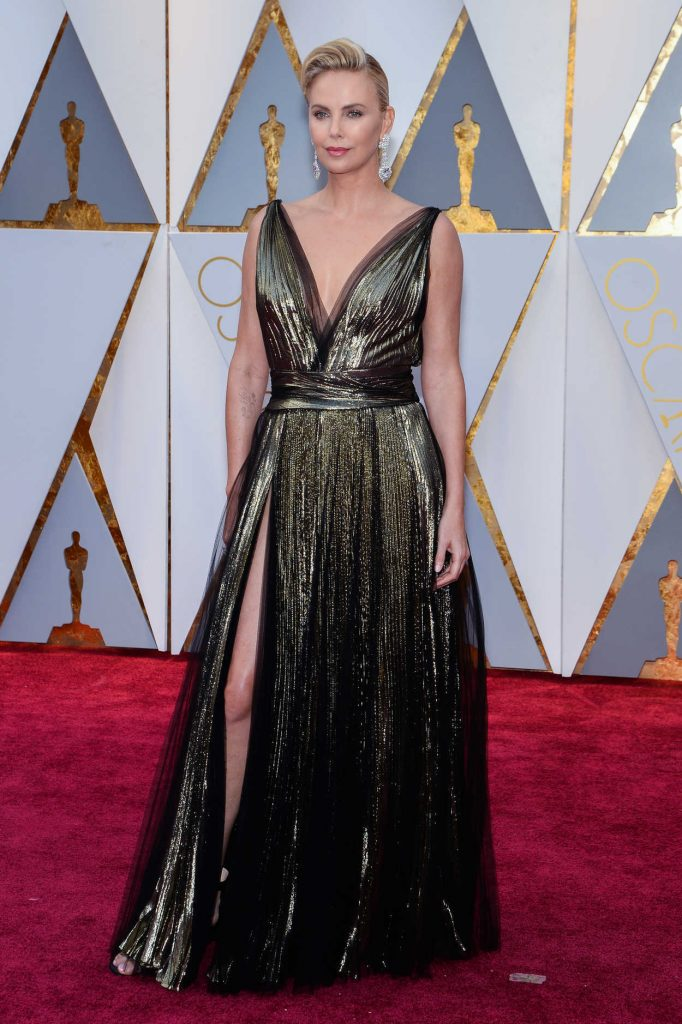 Charlize Theron at the the 89th Annual Academy Awards in Hollywood 02/26/2017-1