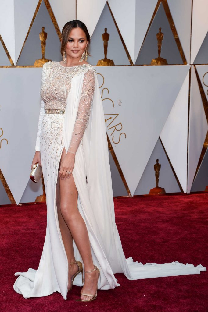 Chrissy Teigen at the the 89th Annual Academy Awards in Hollywood 02/26/2017-2