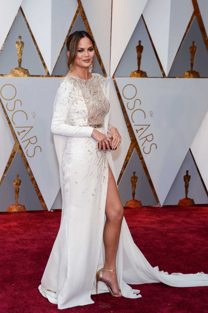 Chrissy Teigen at the the 89th Annual Academy Awards in Hollywood 02/26/2017-3