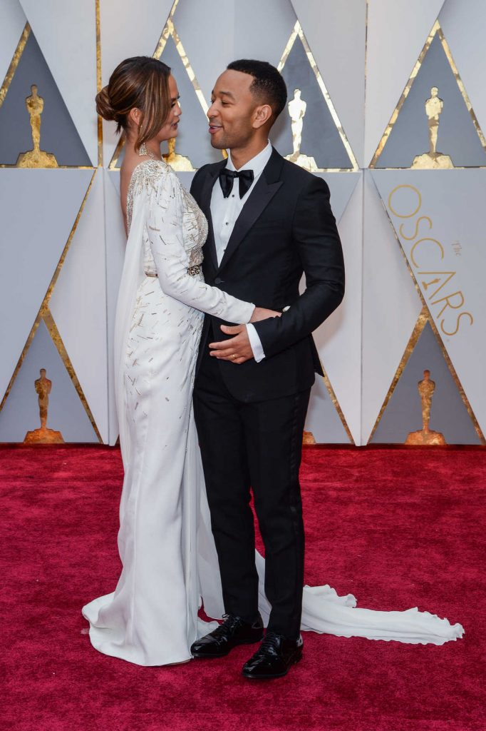 Chrissy Teigen at the the 89th Annual Academy Awards in Hollywood 02/26/2017-4
