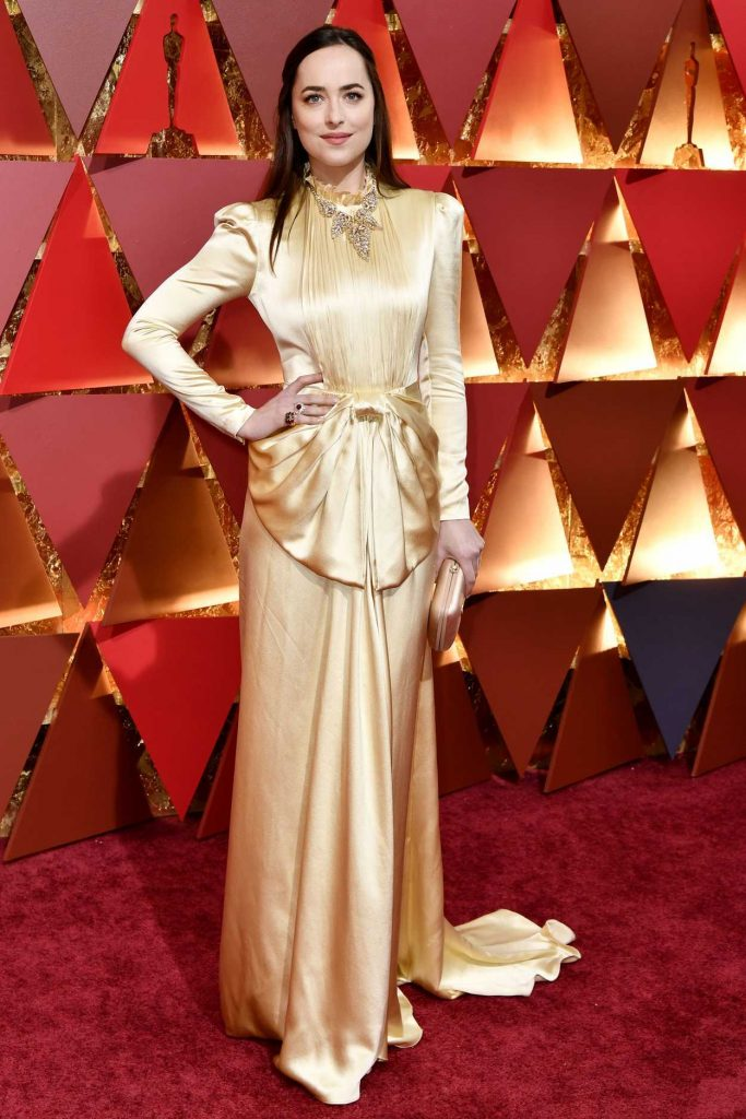 Dakota Johnson at the the 89th Annual Academy Awards in Hollywood 02/26/2017-1