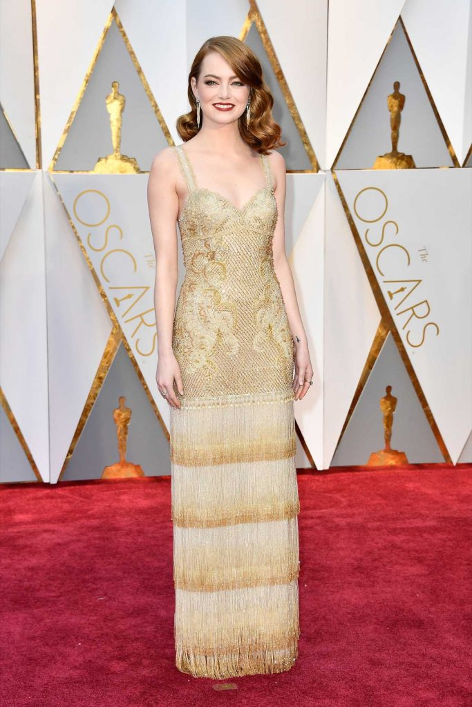 Emma Stone at the the 89th Annual Academy Awards in Hollywood 02/26/2017-1