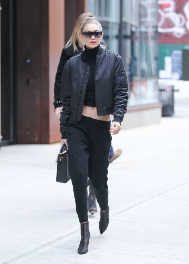 Gigi Hadid Leaves the Bowery Hotel in Manhattan, New York 02/02/2017-3