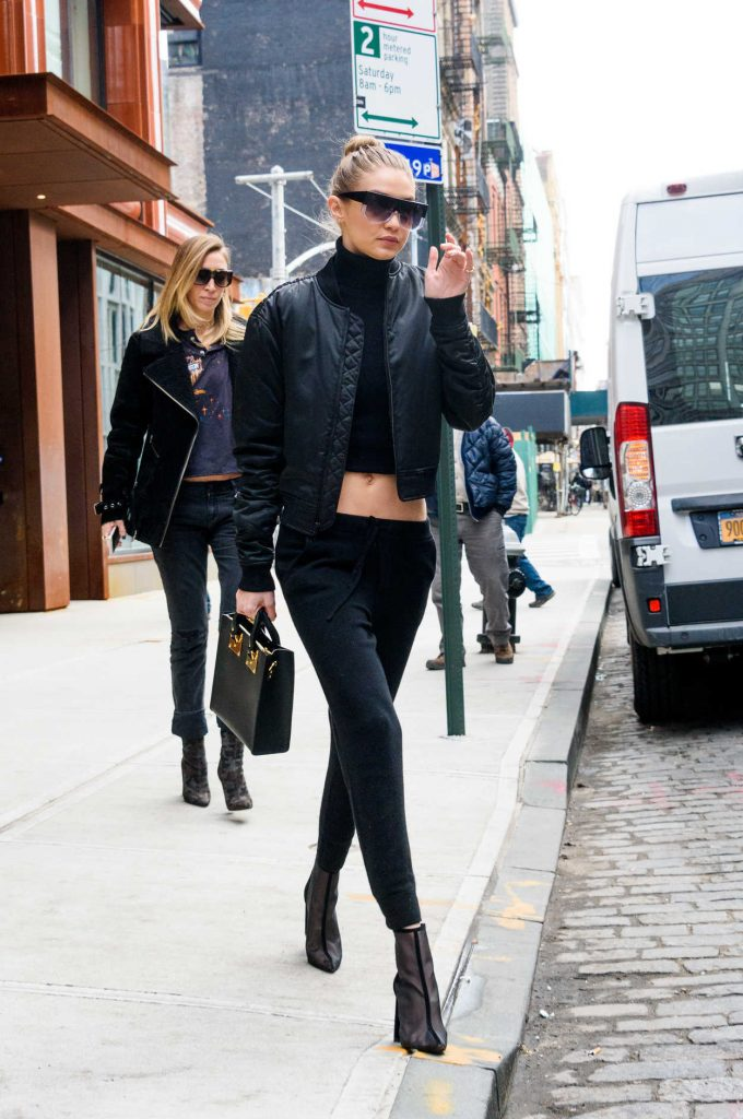 Gigi Hadid Leaves the Bowery Hotel in Manhattan, New York 02/02/2017-4