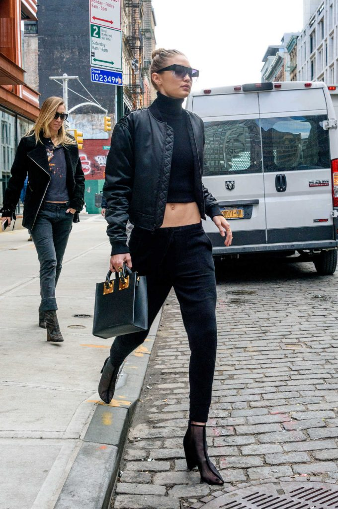 Gigi Hadid Leaves the Bowery Hotel in Manhattan, New York 02/02/2017-5