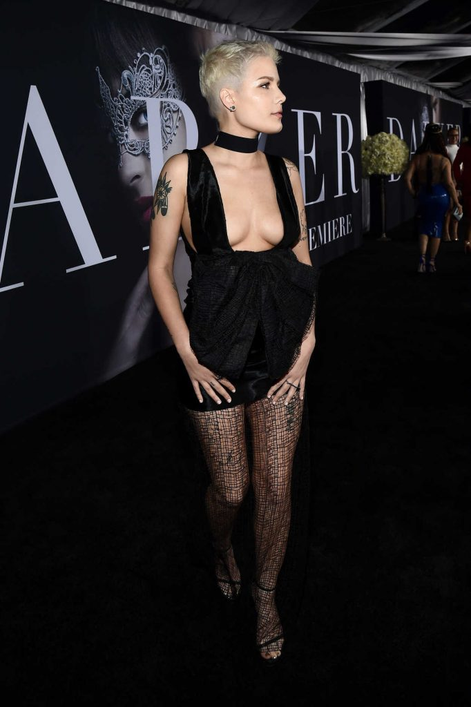 Halsey at the Fifty Shades Darker Premiere in Los Angeles 02/02/2017-2