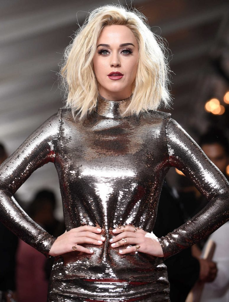 Katy Perry at the 59th Grammy Awards in Los Angeles 02/12/2017-4