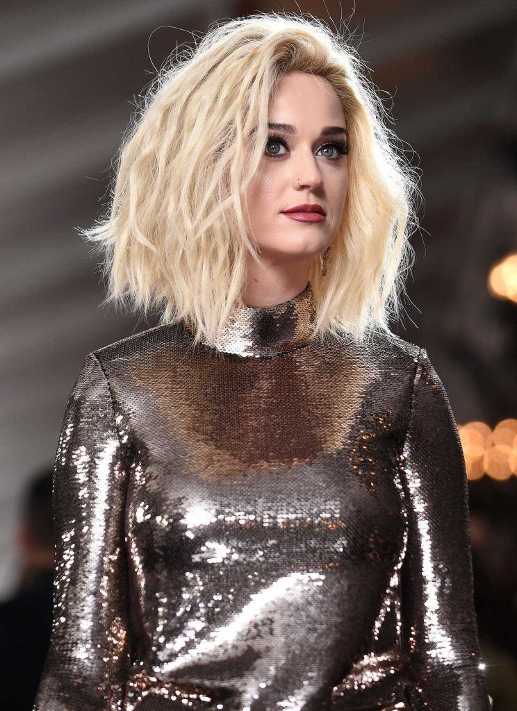 Katy Perry at the 59th Grammy Awards in Los Angeles 02/12/2017-5