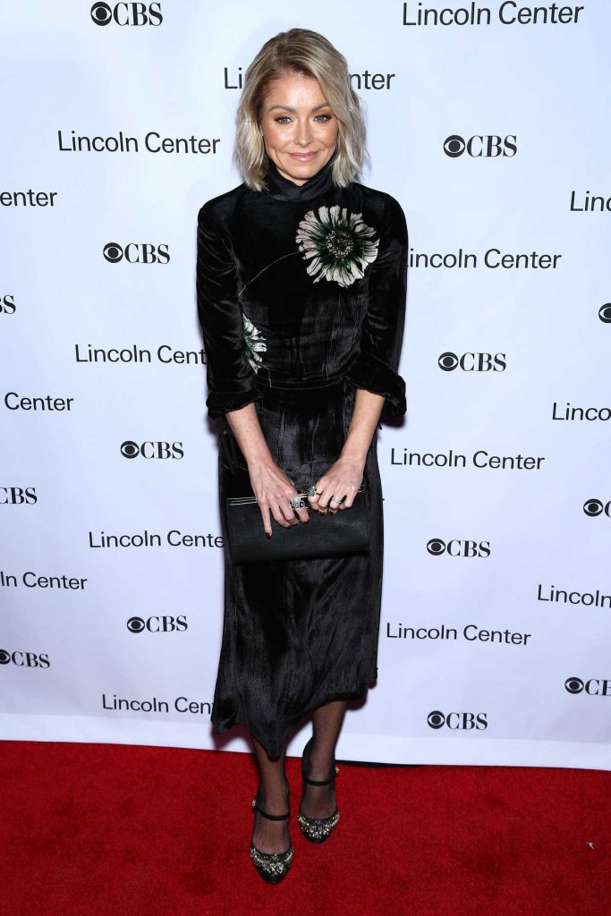 Kelly Ripa at American Songbook Gala in New York 02/01/2017-1