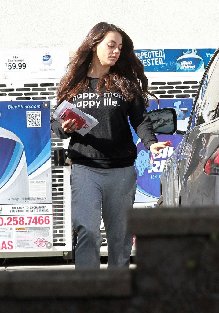 Mila Kunis Was Seen Out in Studio City 02/15/2017-5