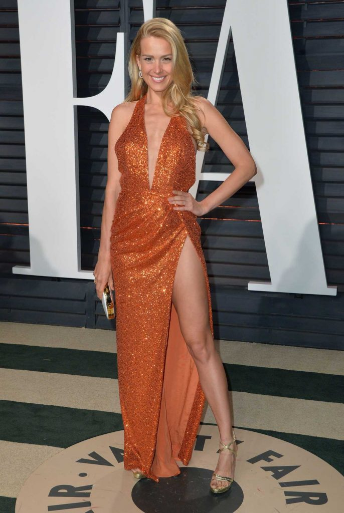 Petra Nemcova at the 2017 Vanity Fair Oscar Party Hosted by Graydon Carter in Beverly Hills 02/26/2017-1