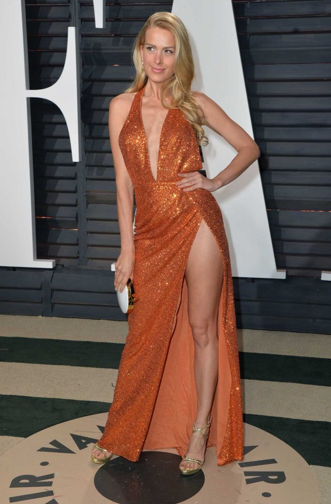 Petra Nemcova at the 2017 Vanity Fair Oscar Party Hosted by Graydon Carter in Beverly Hills 02/26/2017-3
