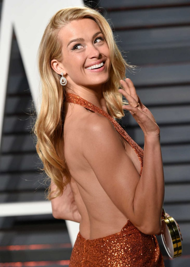 Petra Nemcova at the 2017 Vanity Fair Oscar Party Hosted by Graydon Carter in Beverly Hills 02/26/2017-4