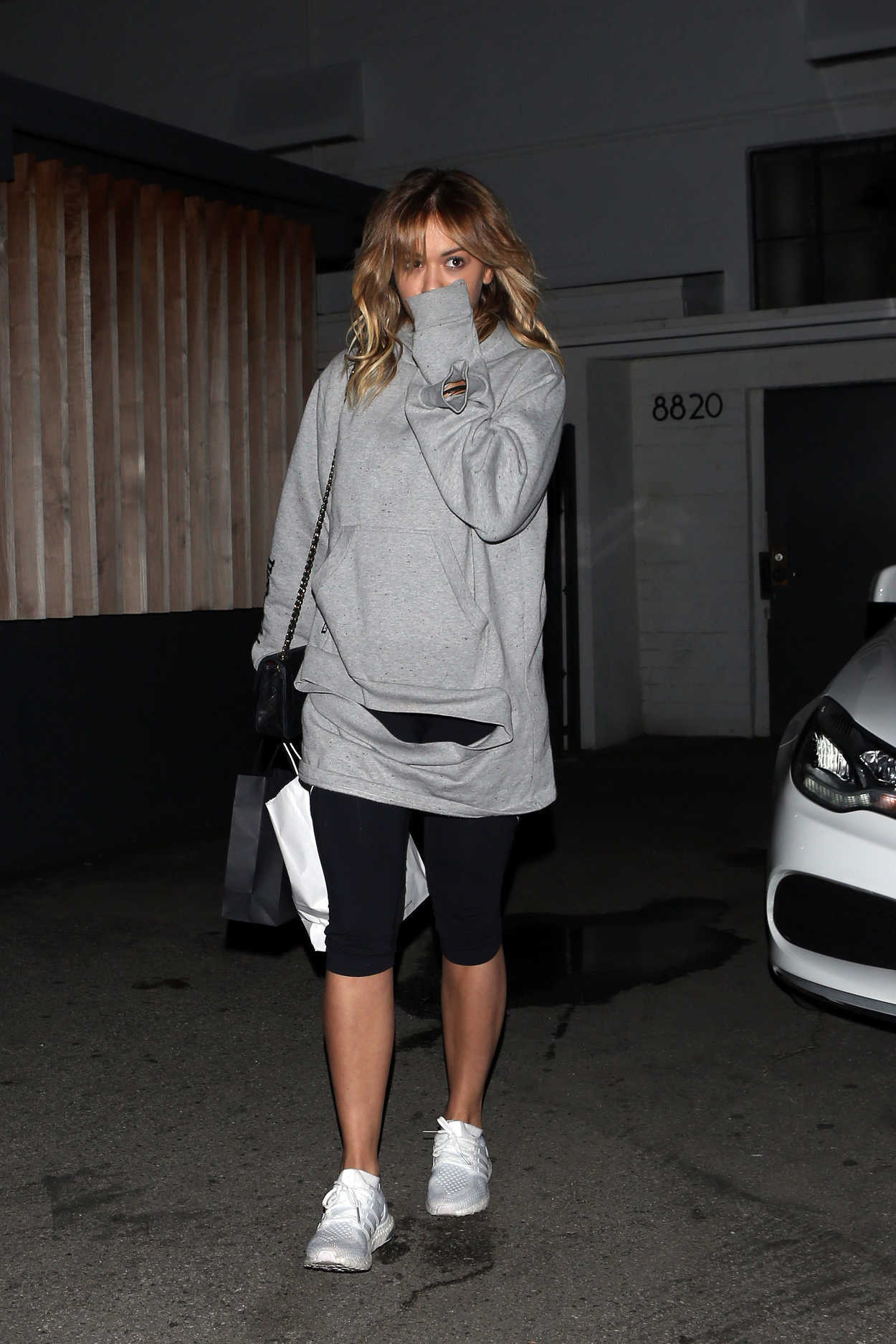 Rita Ora Arrives at the Meche Salon in West Hollywood 01/30/2017 ...