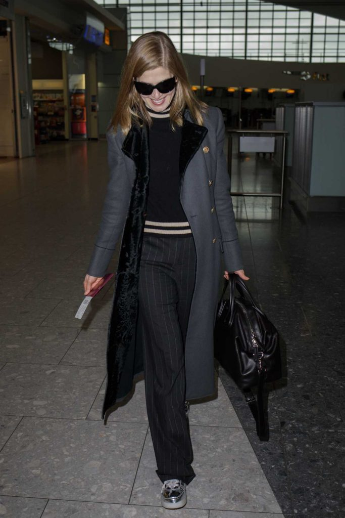 Rosamund Pike Was Seen at Heathrow Airport in London 02/03/2017-3