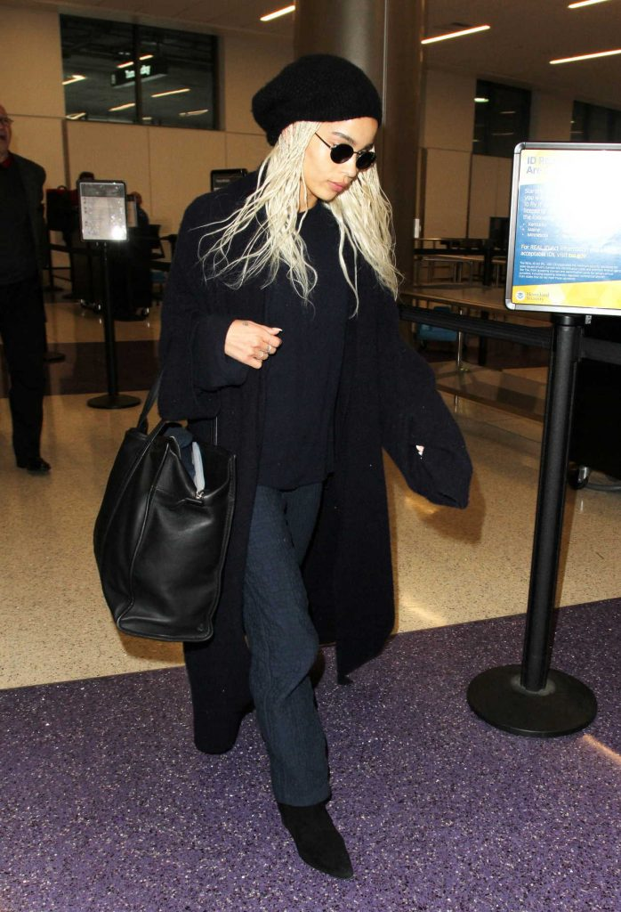 Zoe Kravitz Was Seen at LAX Airport in Los Angeles 02/27/2017-5