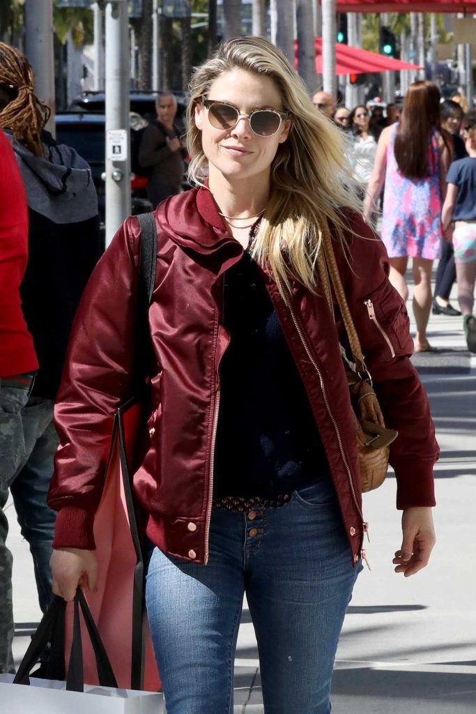 Ali Larter Goes Shopping in Beverly Hills 03/06/2017-1