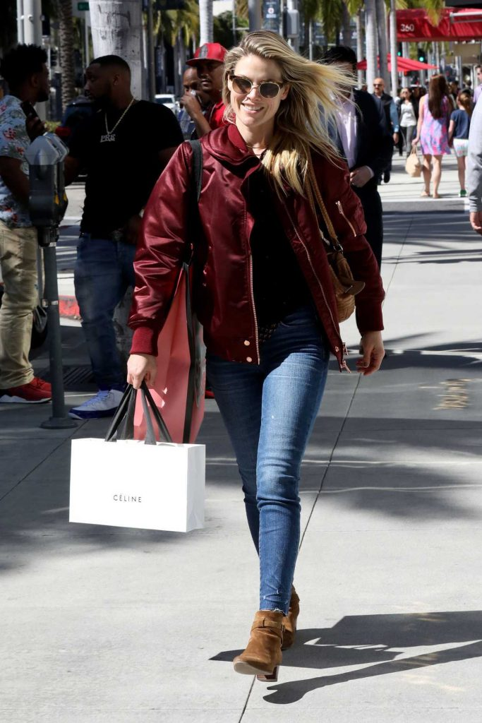Ali Larter Goes Shopping in Beverly Hills 03/06/2017-4