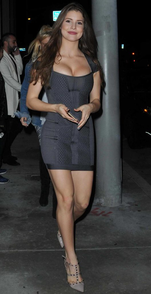 Amanda Cerny Out for Dinner at Catch Restaraunt in LA 03/25/2017-1