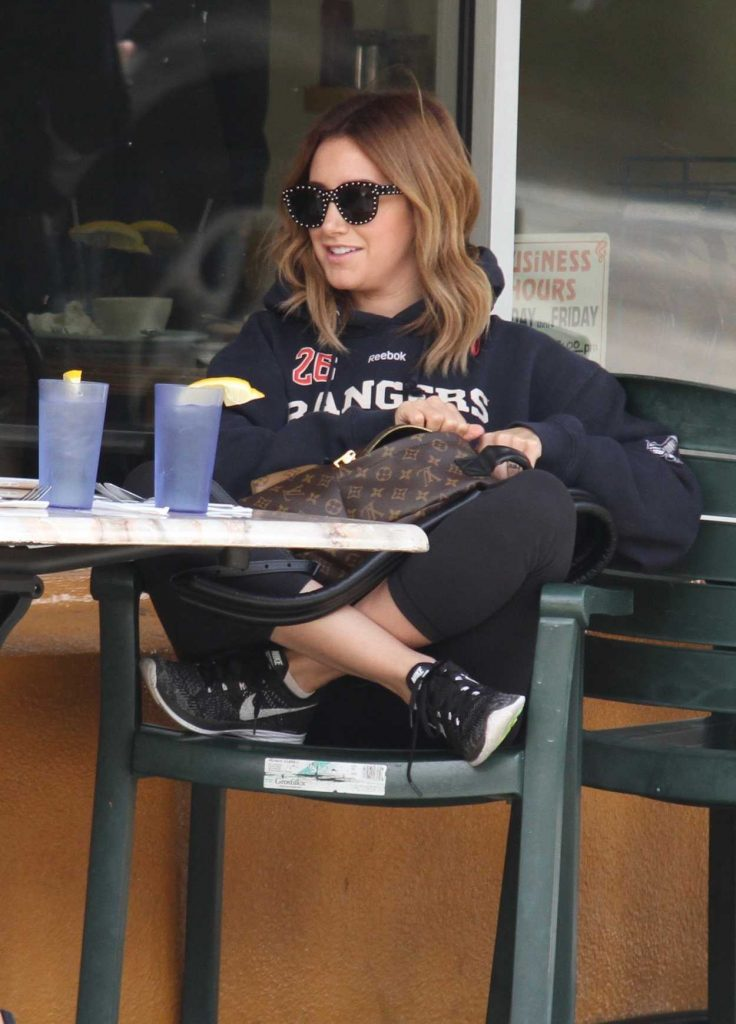 Ashley Tisdale Out for a Breakfast in West Hollywood 03/22/2017-1