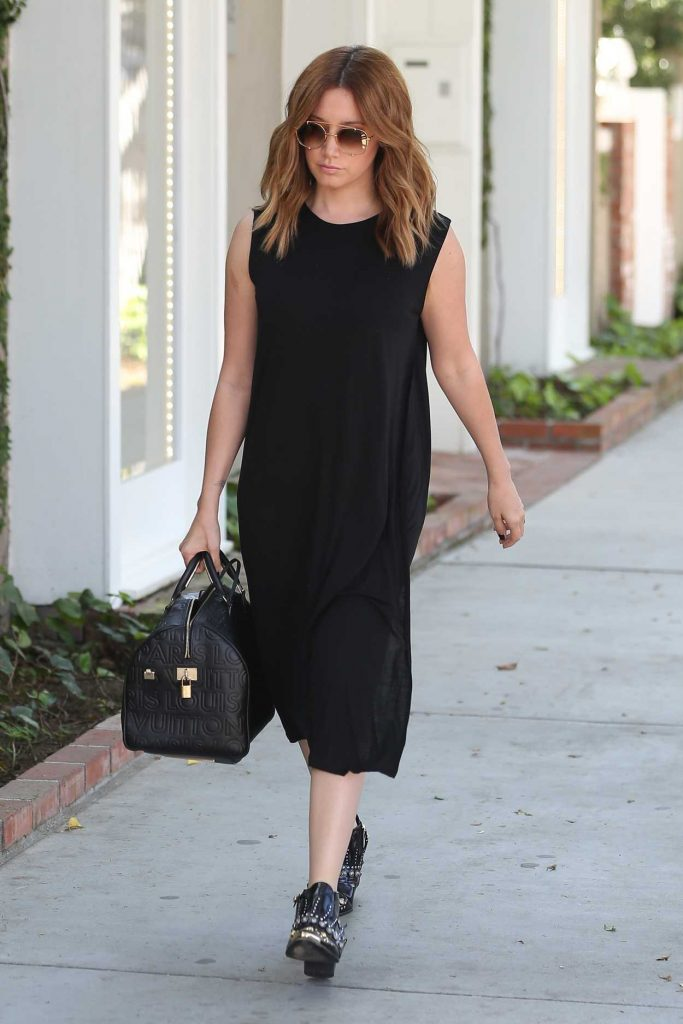 Ashley Tisdale Stops by Alfred's on Melrose Place in West Hollywood 03/15/2017-1