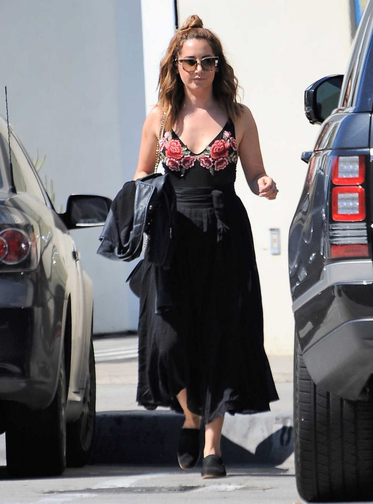 Ashley Tisdale Was Seen With a Friend Out in West Hollywood 03/12/2017-1