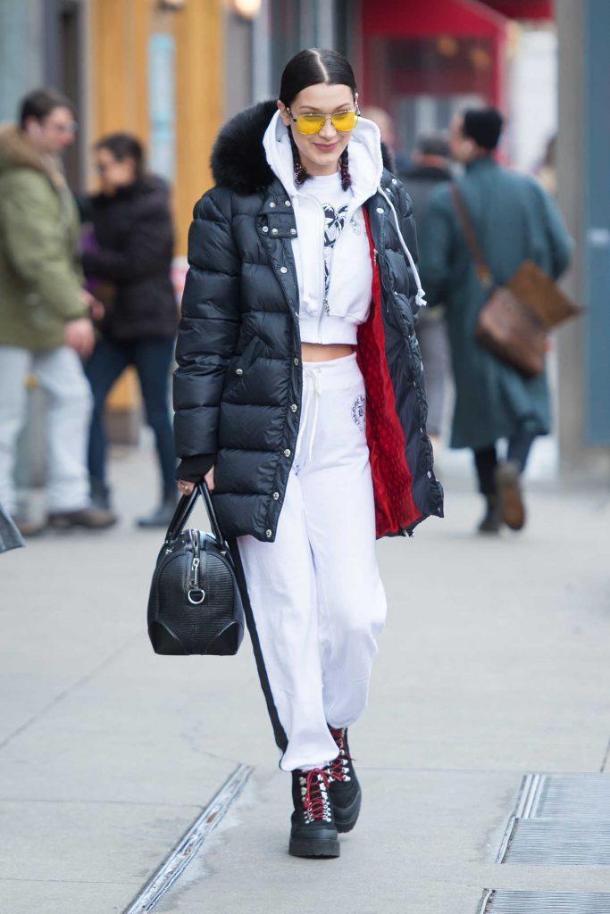 Bella Hadid Leaves Her Apartment in Manhattan 03/10/2017-1