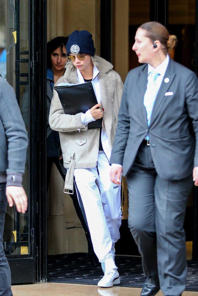 Cara Delevingne Leaves Her Hotel in Paris 03/20/2017-1
