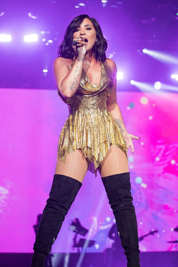 Demi Lovato Performes at BeautyKind Unites Concert in Arlington 03/25/2017-1