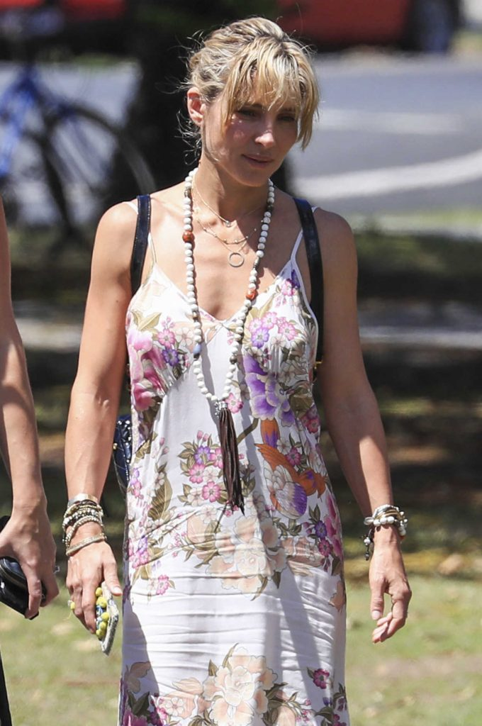 Elsa Pataky Was Seen Out in Byron Bay, Australia 03/04/2017-2