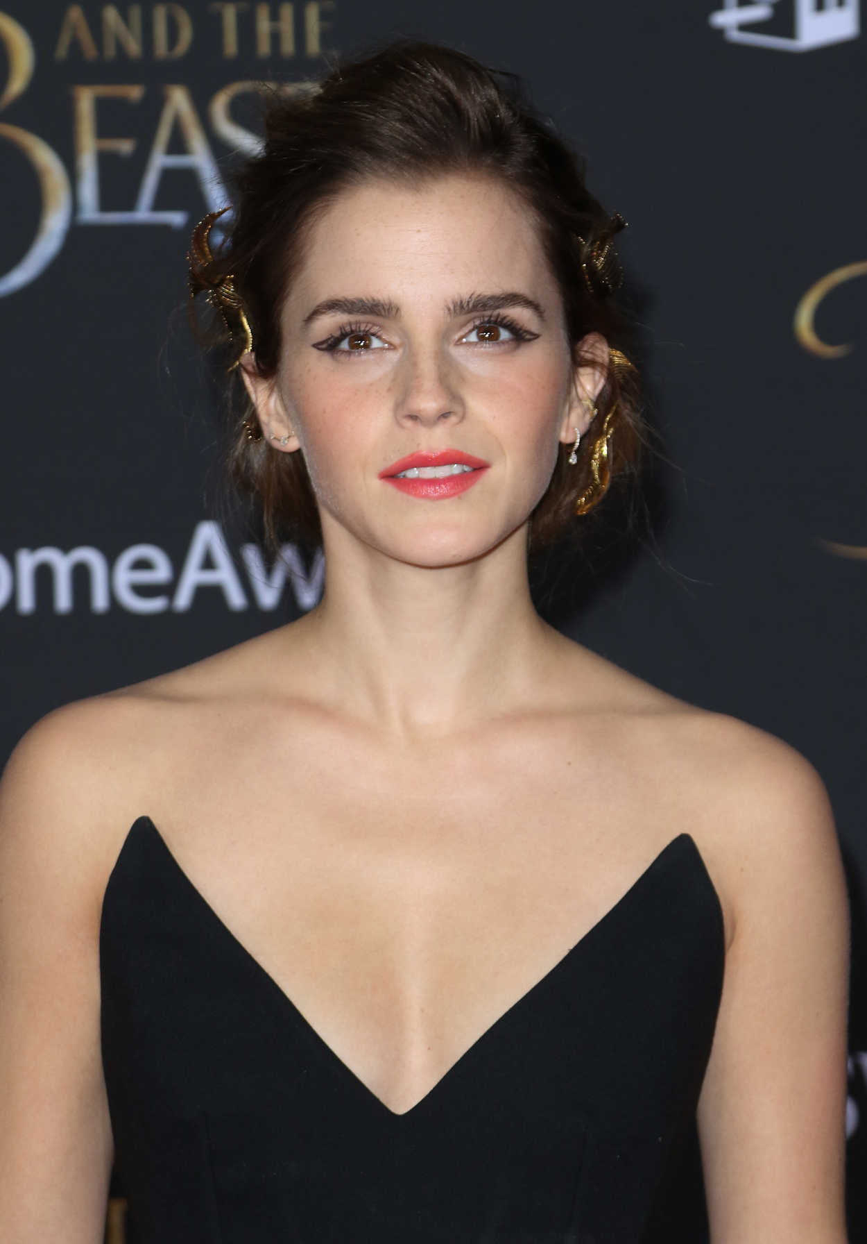 Emma Watson at the Beauty and the Beast Premiere Los ... Emma Watson