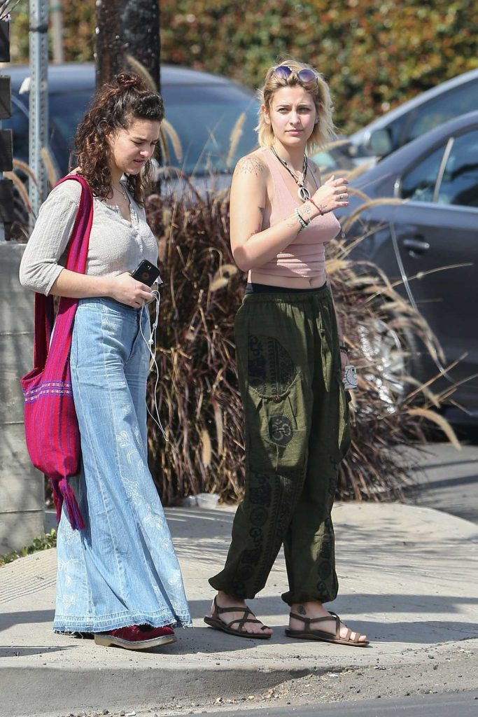 Paris Jackson Was Seen Out in Venice 03/14/2017-4
