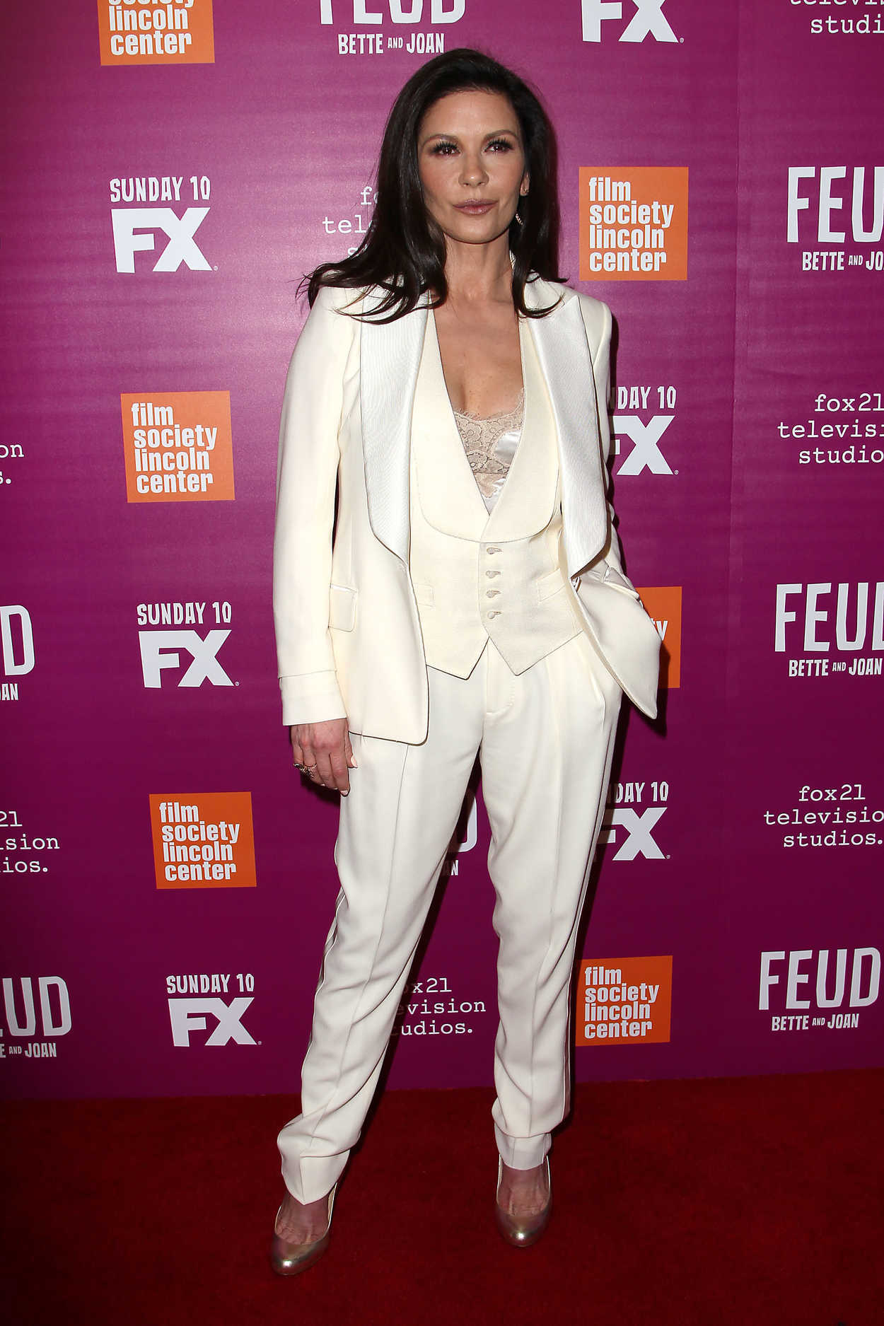 Catherine Zeta-Jones Arrives at the Feud Premiere in New ... Anne Hathaway Feud