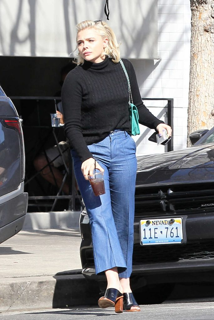 Chloe Moretz Was Seen Out in Los Angeles 04/04/2017-1