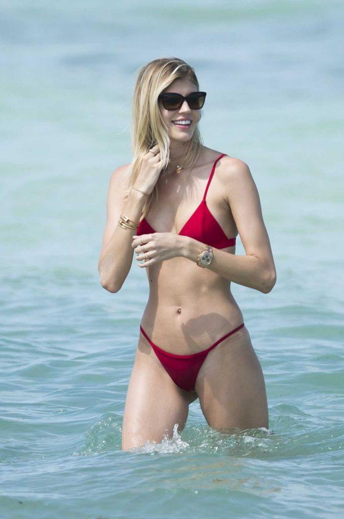 Devon Windsor Wears a Red Bikini at the Beach in Miami 04/28/2017-5